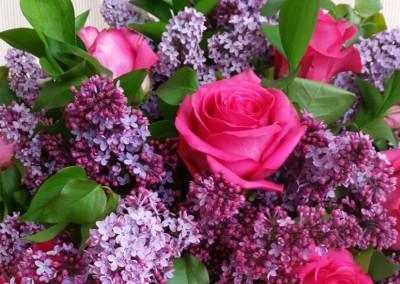 Latón de Lilas y Rosas